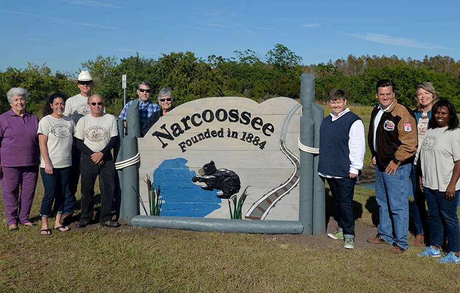 New Narcoossee Sign Unveiled by County, Historical Society