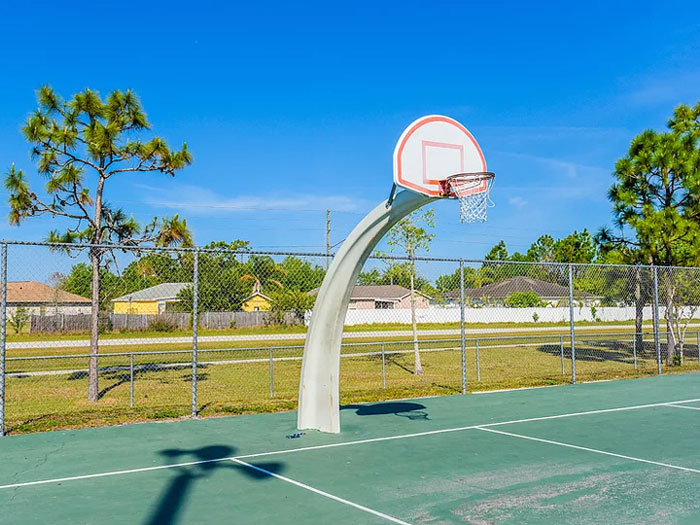 Deerwood Park Basketball Hoop